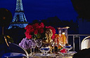 3 new ways to seduce someone in Paris