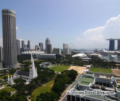 Singapore's Marina Bay and St Andrew's Cathedral by day