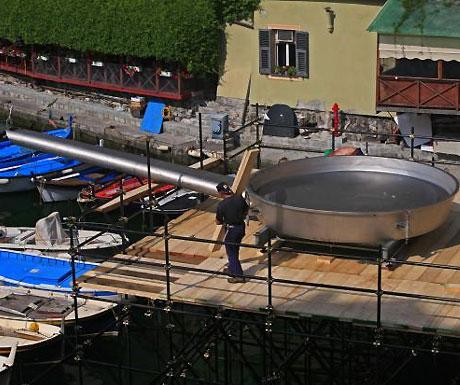 A big frying pan