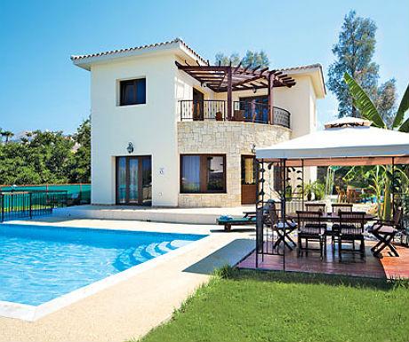 Villa in Argaka