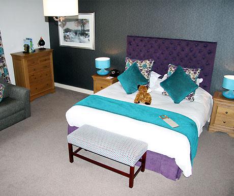 The Black Swan Helmsley bedroom
