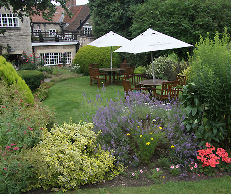The Black Swan Helmsley garden