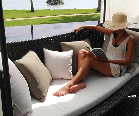 Relaxing at Kalinaw
