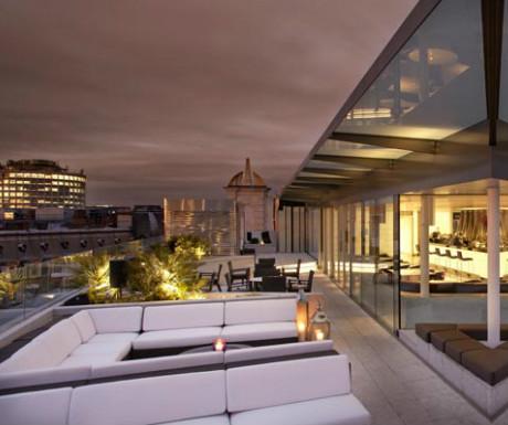 Radio Rooftop Bar, ME Hotel