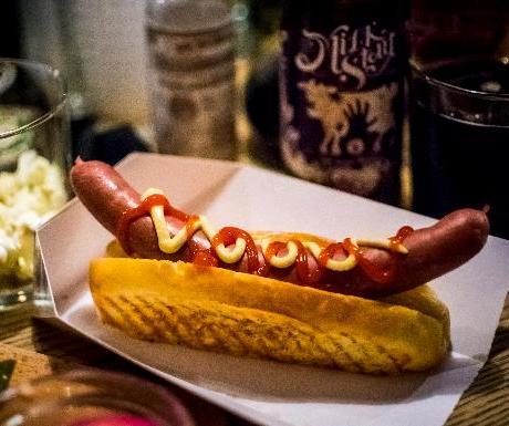 Glass hot dog