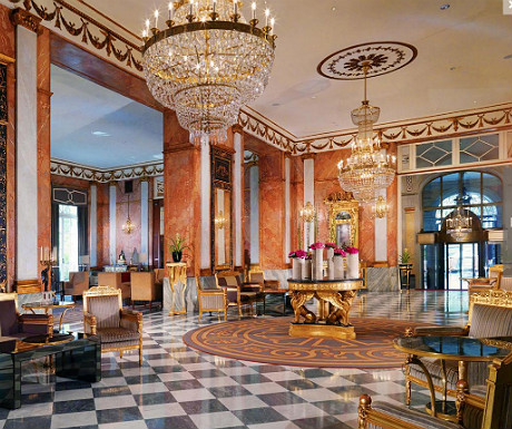 5 of the best luxury hotels in the world capelux for Best hotel dining rooms