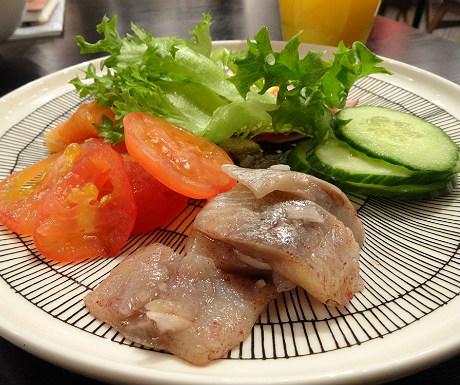 GLO Hotel breakfast