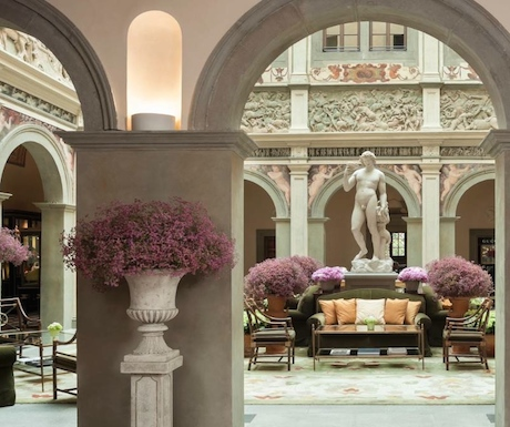 Four Seasons Florence courtyard
