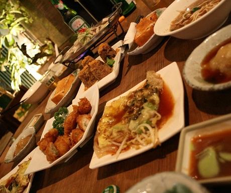 Local eaterie, Tainan, Taiwan