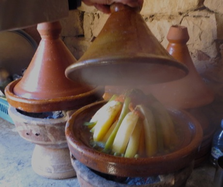 Tagine in Berber home