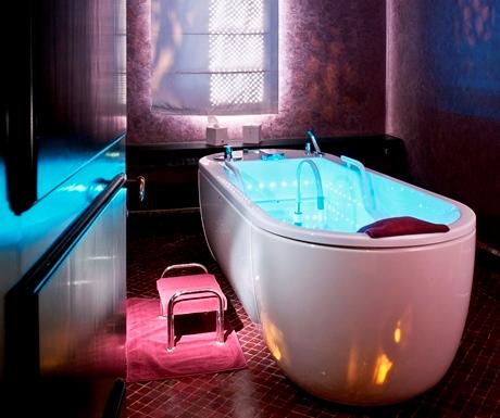 Le Spa @ Selman Palace hydrojet room