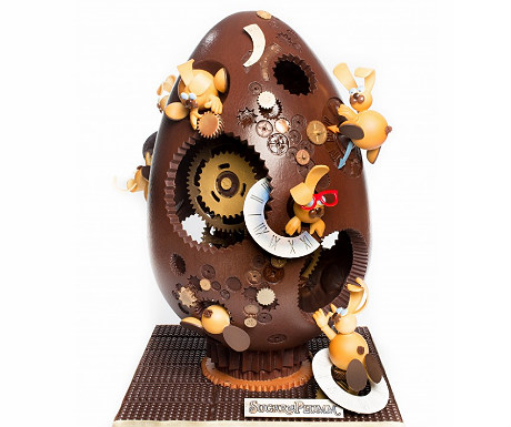 Sugar and Plumm Easter egg