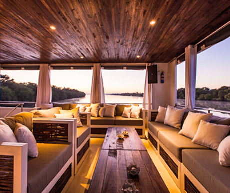 Signature deck, Zambezi Explorer