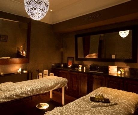 Villa des Orangers massage room
