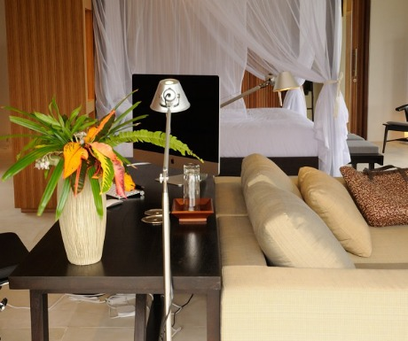 Bulung Daya, Bali suite with home office