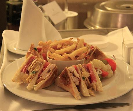 InterContinental Athenaeum Hotel club sandwich