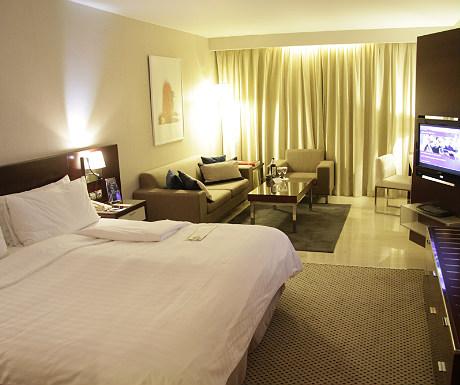InterContinental Athenaeum Hotel room