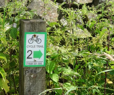 Drumlanrig cycle trail sign