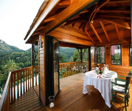 Gran Hotel Son Net treehouse