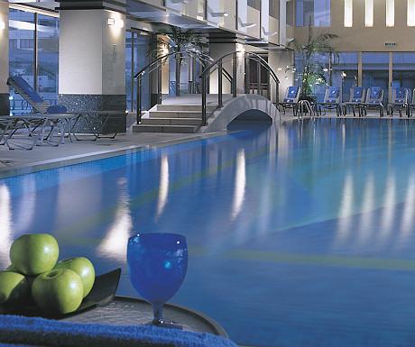 Ritz-Carlton swimming pool