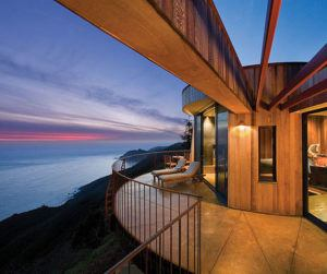 Top 10 luxury rooms with a view