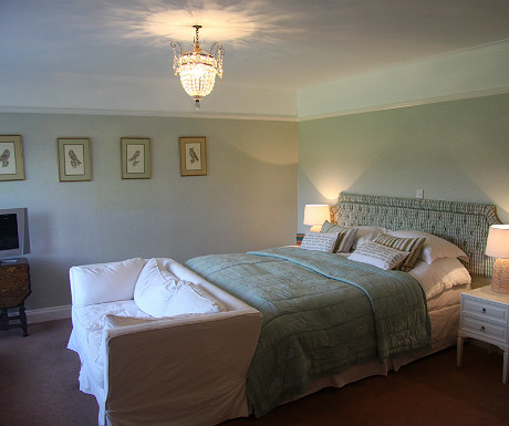 Arisaig Hotel bedroom