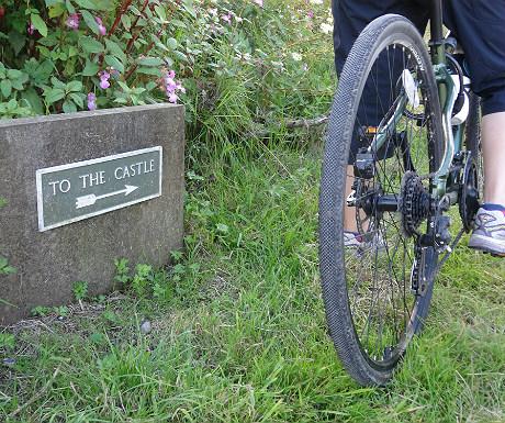 Kilchurn Castle sign
