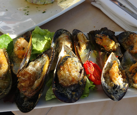 Mussels at Blues