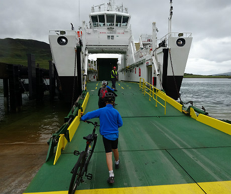 Taking bikes onto Raasay