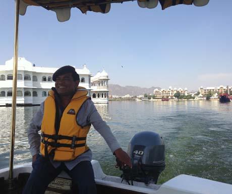 Taj Lake Palace - boat tour
