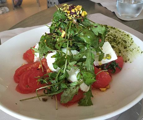 Sani salad