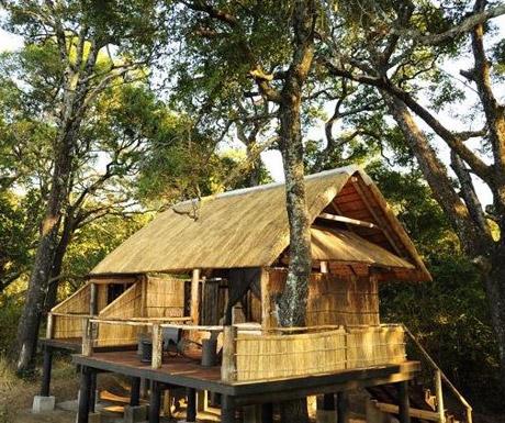 >Chamilandu Bush Camp, Zambia
