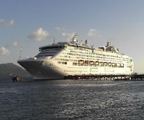Cruise ship Fort de France