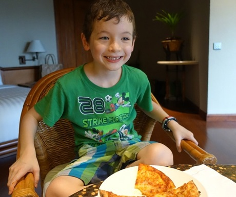 Amanpulo Kids Club Pizza