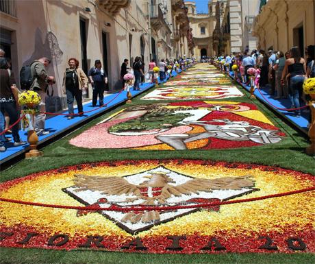 Infiorata and Baroque Spring Festival, Noto