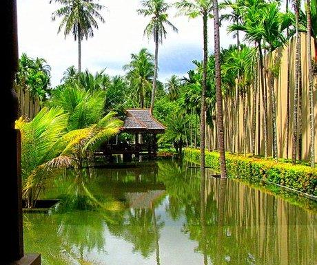 Reflecting pool at Lobby of Four Seasons Langkawi