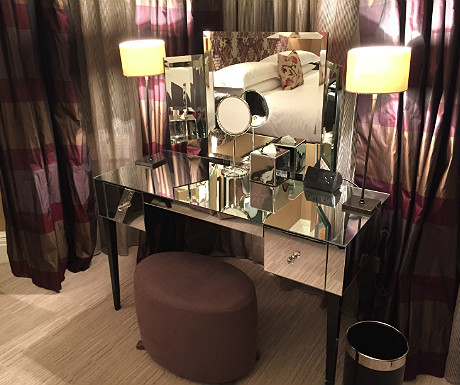 Athenaeum dressing table