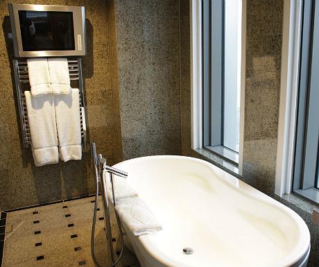 Mandarin Oriental Tokyo bath