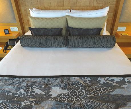 Mandarin Oriental Tokyo bed
