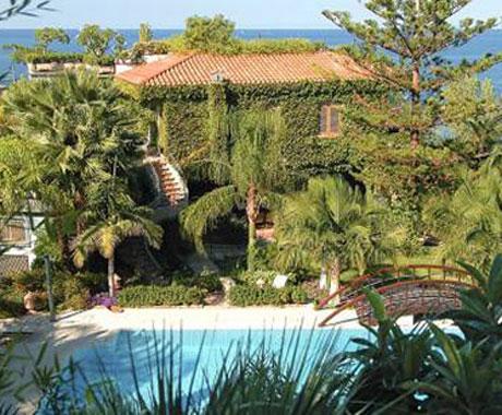 Villa Giardini Principe pool