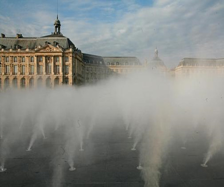 The Place de la Bourse and the Miroir d'Eau