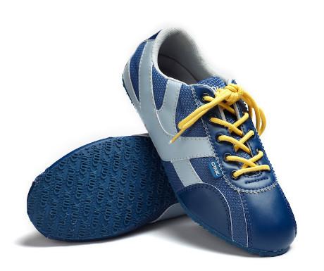 cmuk shoes