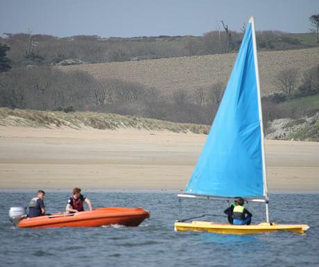 Camel Sailing