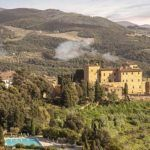 Tuscan connoisseurs wanted: your very own castle, world-class golf course and Michelin-starred chef