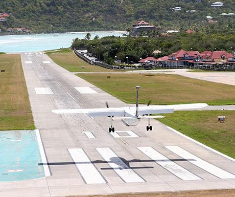 Gustaf III Airport, Saint Barthélemy