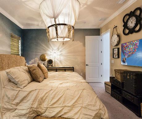 Up bedroom