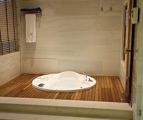 Elounda Gulf Villas villa bathroom