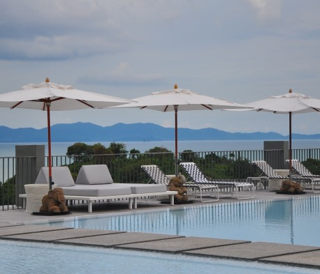 Point Yamu - main pool overlooking Phang Nga Bay