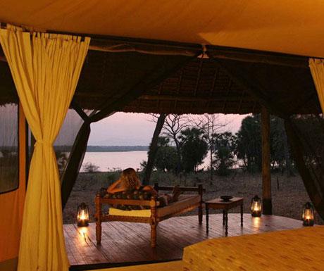 siwandu-camp-verandah