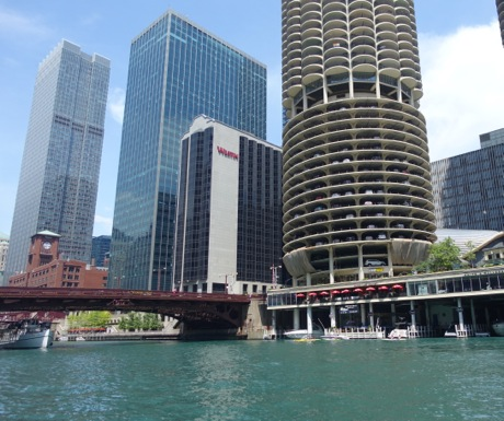 Inside Chicago Walking Tour-460-385